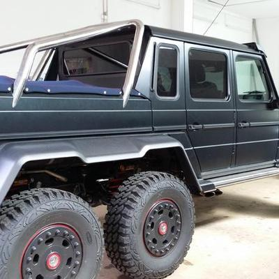 Mercedes G6x6 Pick-Up Plane aus Sonnenland